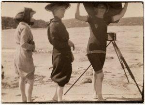 3 women photographer web